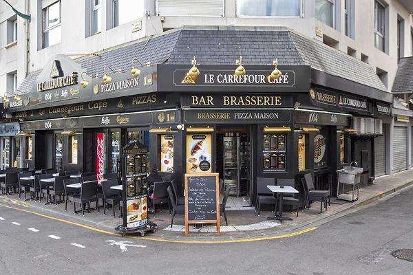 Wonderphoto_Le_Carrefour_Café_-_FRNKP_(
