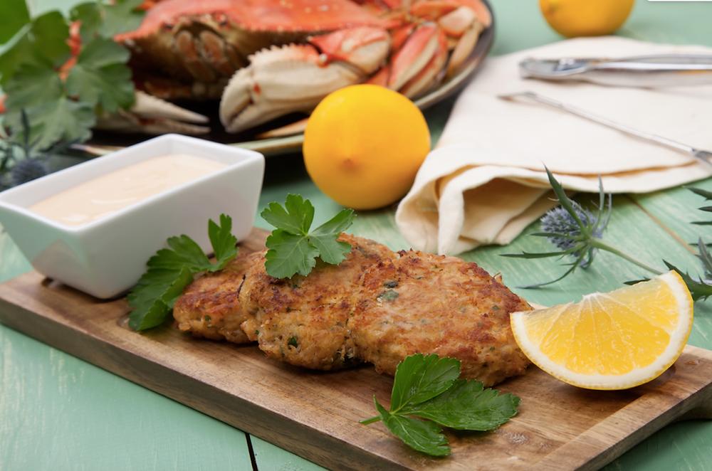 maryland style crab cakes photo