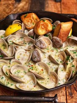 Butter Garlic Clams