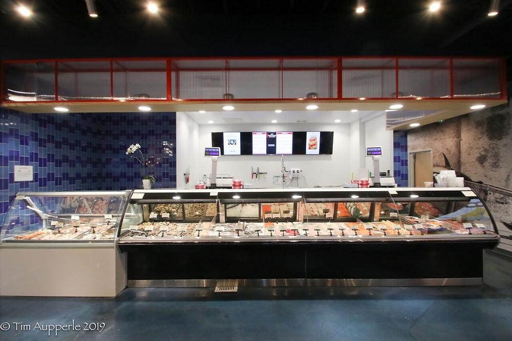Great American International Seafood Market - Fresh Seafood Case