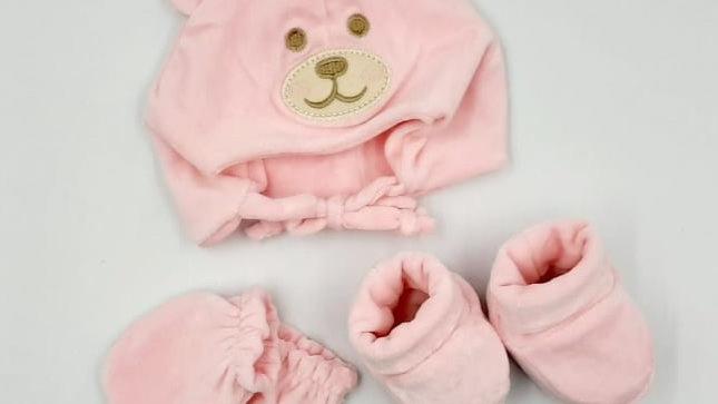 Kit 03 peças - touca/sapatinho/luvinha plush rosa  - Everly