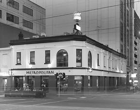 Metropolitan Hotel Mono.png