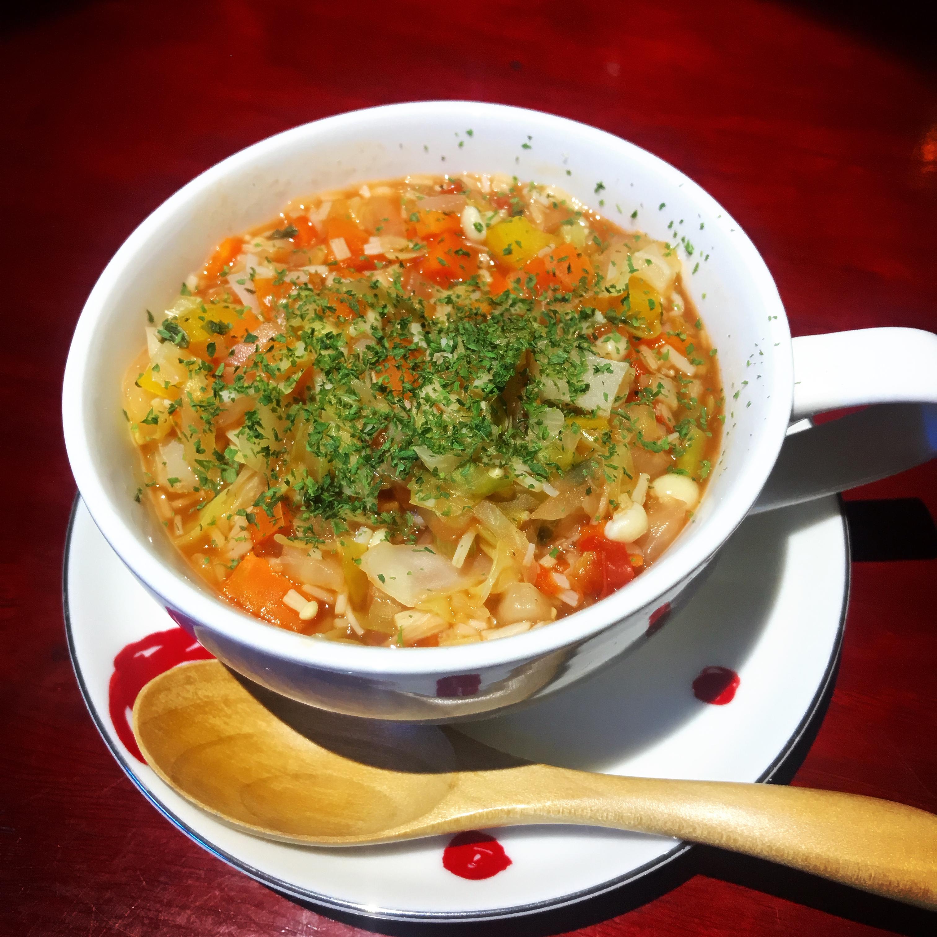 トマトベースの煮込み野菜 ¥650
