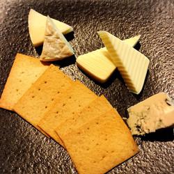 チーズ3種 ¥700