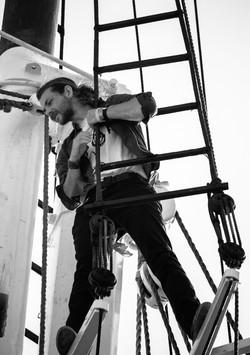Way up high upon Jacob's ladder