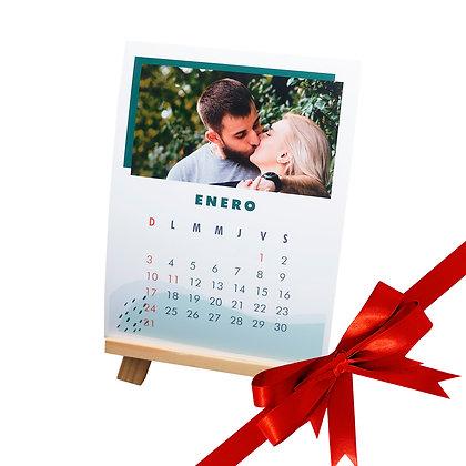 Calendario 15x20cm 13 fotos + caballete
