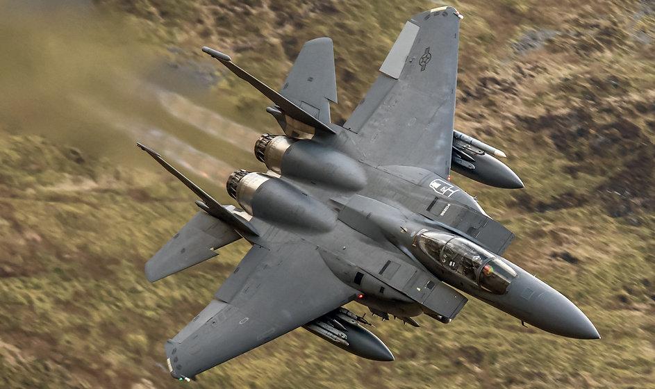 Military Fighter Jet flying.jpg