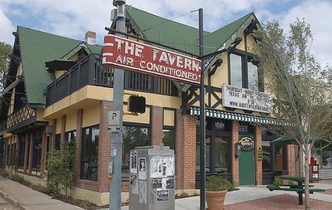 1532987707_the-tavern-austin-haunted.jpeg