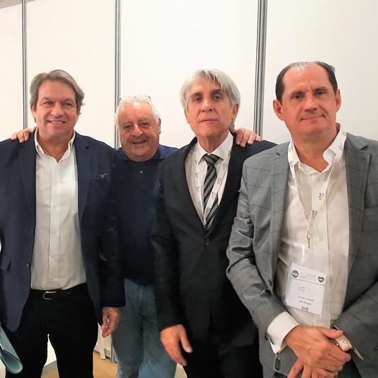 Ditexpert 2016 : Jean Ditexpert 2016 : Jean Pierre Lorente Président Bleu Voyages