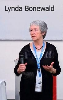 Lynda Bonewald
