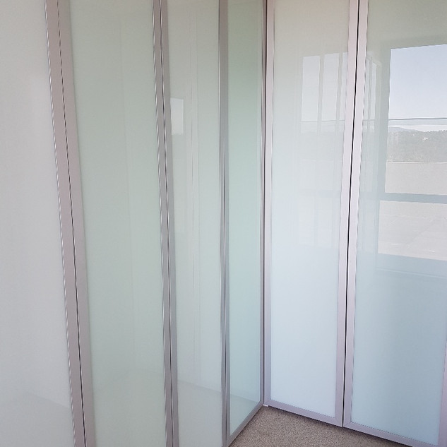Aluminium framed hinged doors- white std