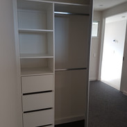 Slimline with handleless drawers, Bright