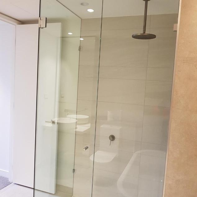 full height frameless showerscreen.jpeg