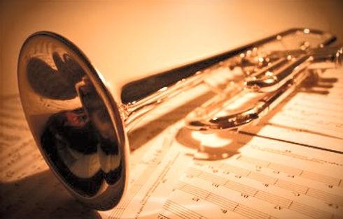 trumpet-2-1523219_edited.jpg