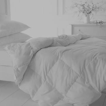 Bed_Duvet%205_edited.jpg