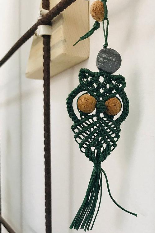 Gufetto decorativo Macramè con inserti in metallo