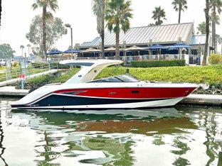 2017 Sea Ray SLX 310 $189,000