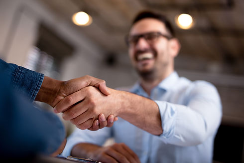 photo-landscape-handshake_men_profession