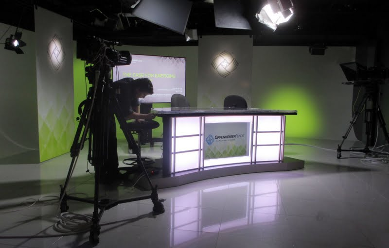 Oppenheimer Funds Studio set