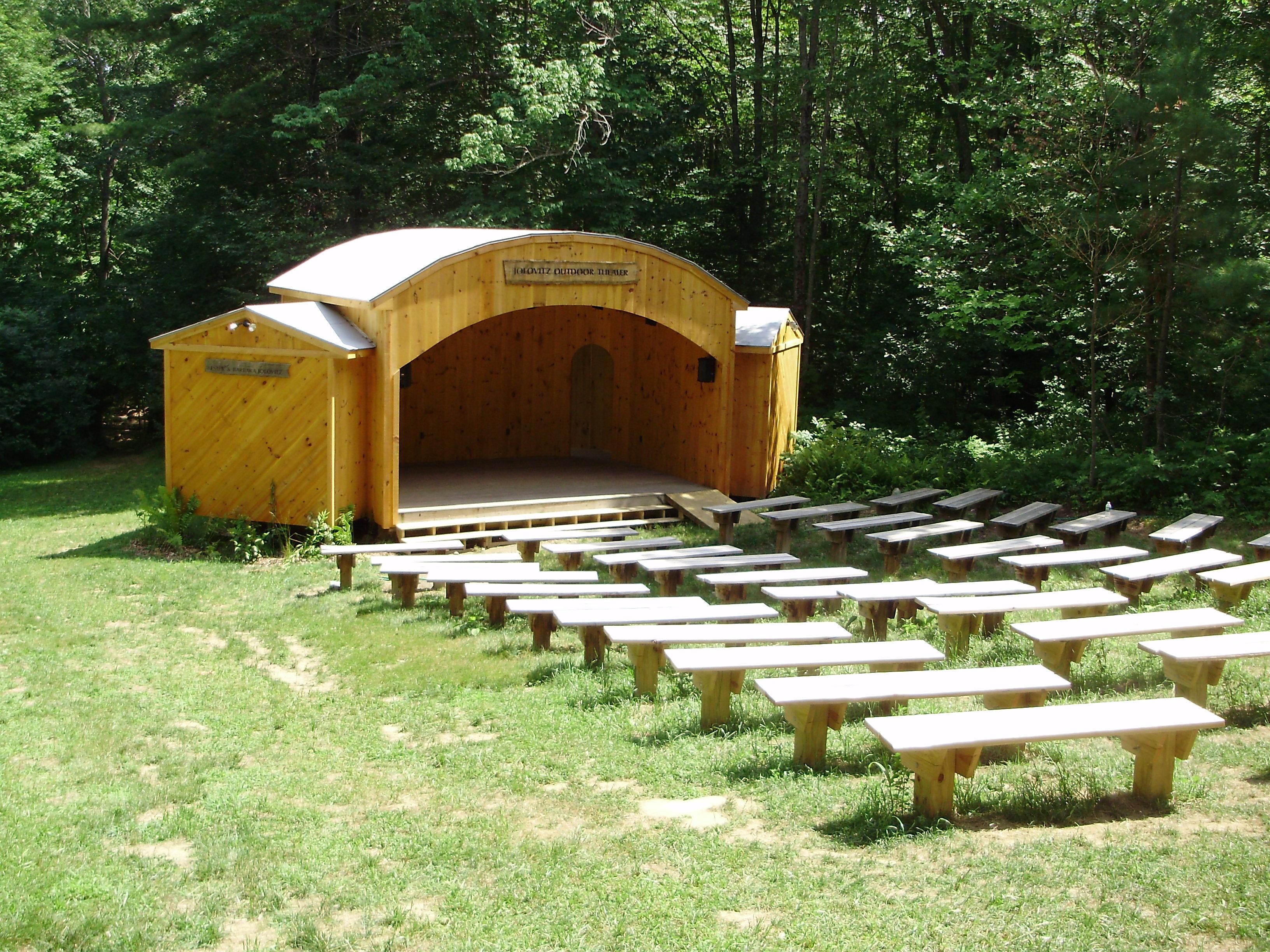 Jolovitz Amphitheater