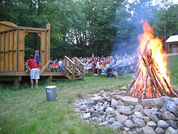 Camp Tracy, Day Camp, camp sessions, y camp, oakland, climbing wall, swimming, canoeing, ropes course, arts & crafts, nature studies, games, camping, campfire, drama, stage