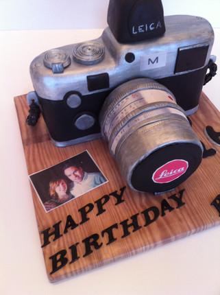 Camera Cake by Love2bake