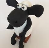 Shaun the Sheep Cake topper