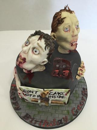 Zombie Cake by Love2bake