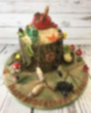 Insects Cake - tree stump cake - bark cake