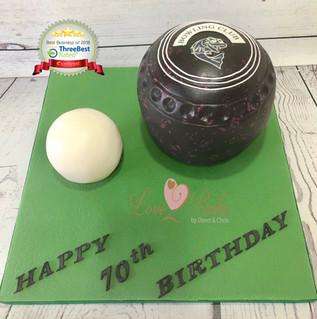 Lawn Bowls Cake by Love2bake