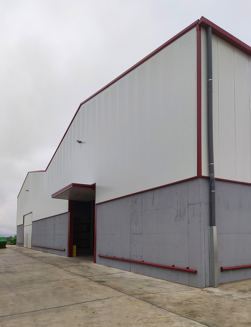 BMS Rioseco automotive plastic injection new warehouse expansion