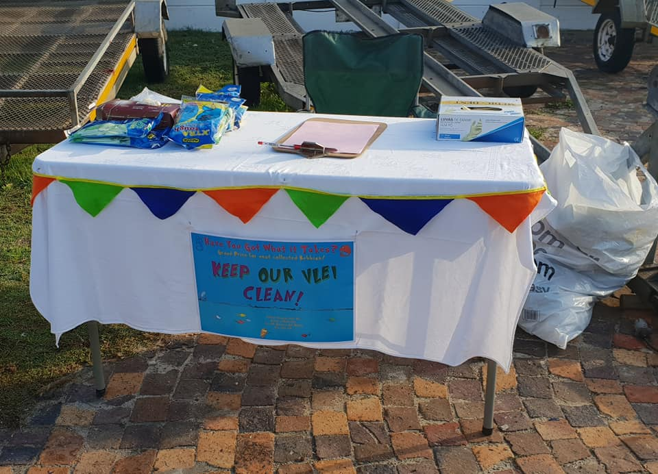 Keep our vlei clean! Well done to Scout Ethan for collecting the most rubbish!