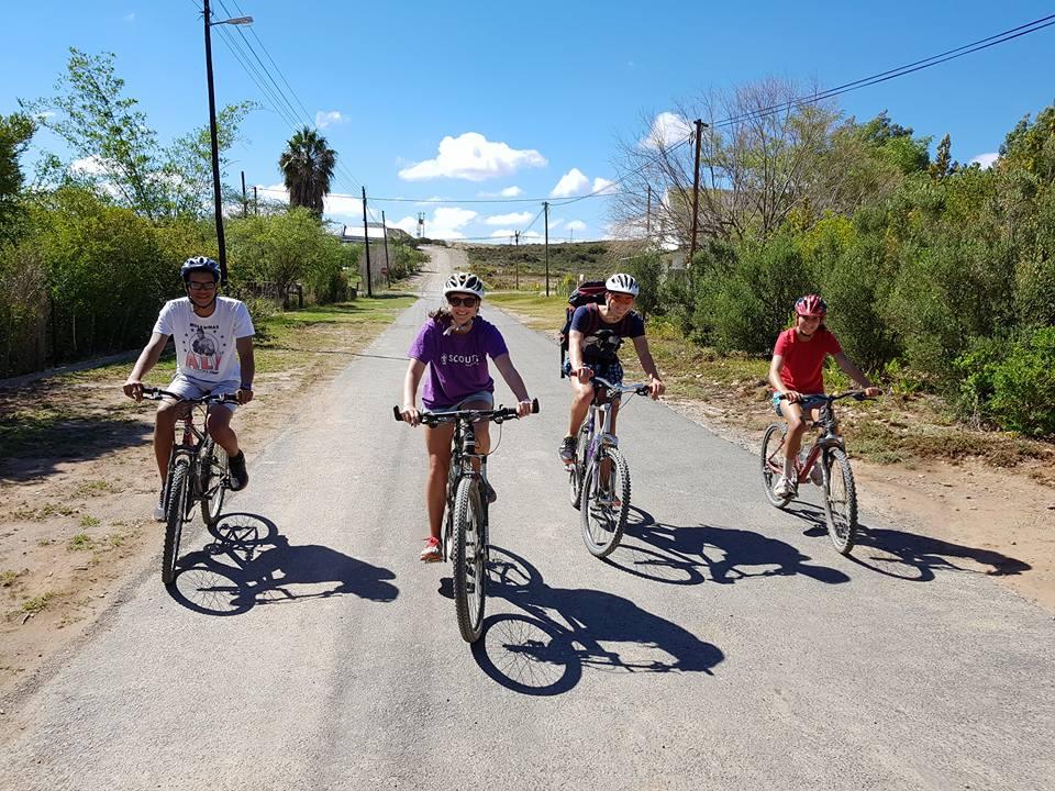 Cycling as a team into McGregor