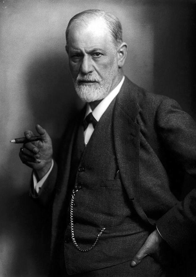 Psychoanalyst: Sigmund Freud