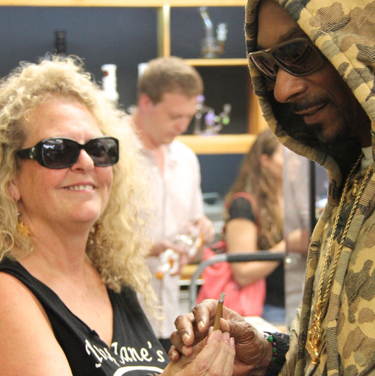 Mary Jane and Snoop Dogg