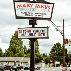 Mary Jane's Washougal Glass Blowing