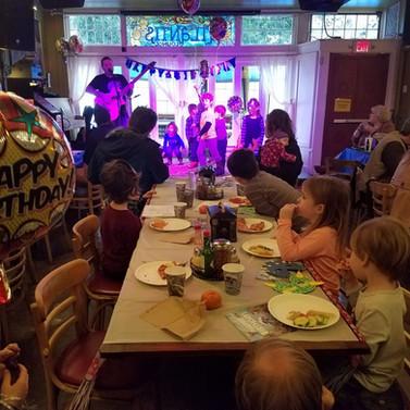 Tallulah's Daddy Kids Music