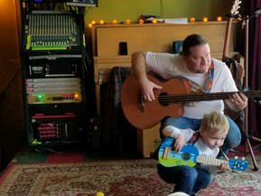 Tallulah's Daddy Live Kids Music
