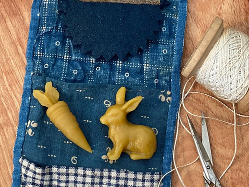 Bunny & Carrot Waxer (set) - Stacy Nash by Taylor