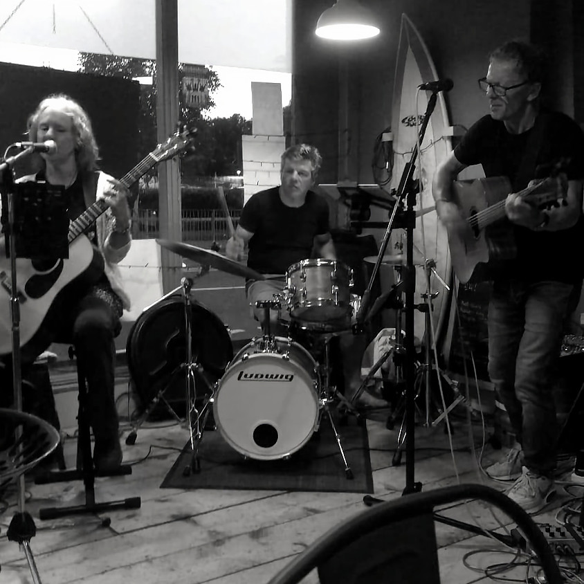 Whisper to a Scream   LIVE @ The BYC