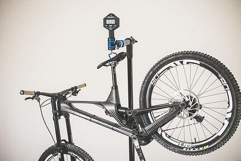 unno weight downhill bike.jpg