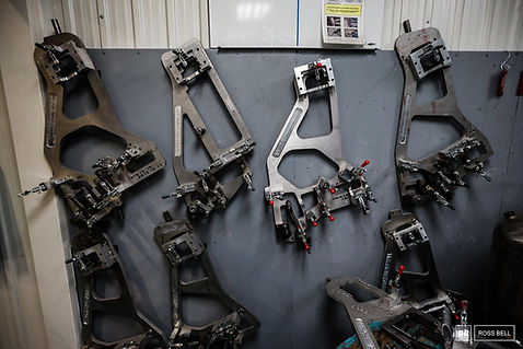 devinci factory 1.jpg