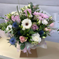 Country pastels bouquet £45
