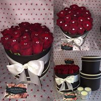 Hatbox pestige roses from £40