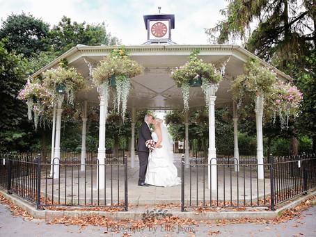 A little secret love story - Mr & Mrs Kennedy