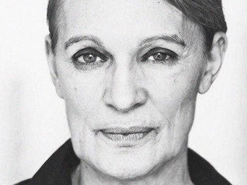 Ingrid Nachstern On Shoe Horn/Office