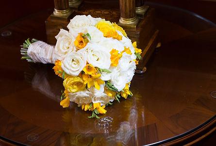 ramo de novia elegante amarillo