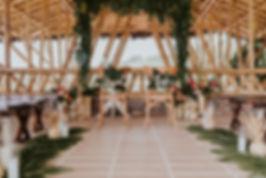 decoración de boda tropical