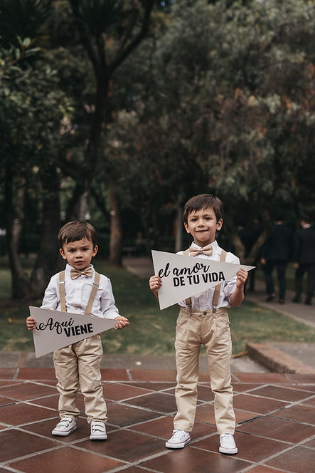 Stefania & Juan Felipe  225-2.jpg