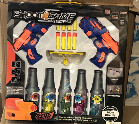 זוג אקדחים עם חצים